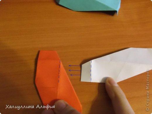 """Эту модель я нашла в книге Томоко Фусэ """"Многогранники"""". Она проста в сборке (в книге помечена двумя звездочками сложности). Для ее сборки НЕ нужен клей. Только бумага и немного терпения. фото 32"""
