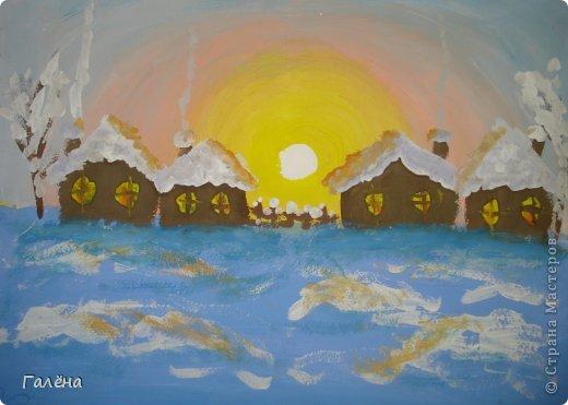 """Наступила зима,мы запаслись белой краской ( заканчивается очень быстро ) и стали активно рисовать Зимние мотивы. Эту """"Зимнюю деревушку"""" рисовали гуашью.В три этапа: фон,домики и свежевыпавший снег с тенями. фото 1"""
