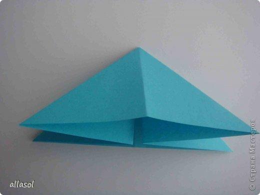 """Готовлюсь к занятиям кружка """"Оригами"""". Тема """"Орнаменты"""". Чтобы заинтересовать, стараюсь сделать образцы. Вот что у меня получилось сегодня. Это орнамент """"Иллюзия"""". Делала по книге Т.Сержантовой """"100 праздничных моделей оригами"""". Выглядит красиво, но уж очень много слоев. Ведь этот орнамент из 20 модулей. фото 41"""
