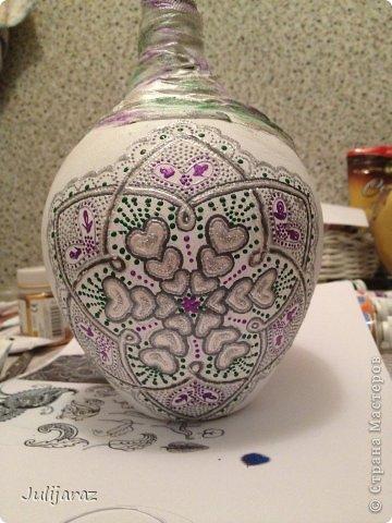Насмотревшись на всю красоту росписи, которая представлена здесь не смогла устоять. Так родилась эта ваза, подарок подруге.