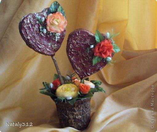 """Такие вот сердечные """"комплименты"""" приготовила ко Дню Св. Валентина. Сердца из пеноплэкса и салфеток, цветы искусственные. фото 2"""