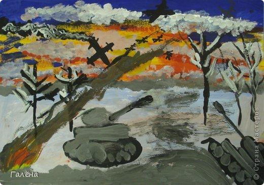 """Наступила зима,мы запаслись белой краской ( заканчивается очень быстро ) и стали активно рисовать Зимние мотивы. Эту """"Зимнюю деревушку"""" рисовали гуашью.В три этапа: фон,домики и свежевыпавший снег с тенями. фото 20"""