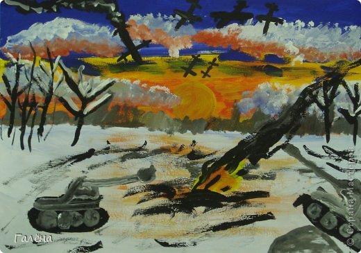 """Наступила зима,мы запаслись белой краской ( заканчивается очень быстро ) и стали активно рисовать Зимние мотивы. Эту """"Зимнюю деревушку"""" рисовали гуашью.В три этапа: фон,домики и свежевыпавший снег с тенями. фото 22"""