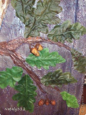 Панно делалось по заказу одной замечательной женщины. Размер 110 Х 75 см. Фанера, раскладка (рама), шпатлевка и искусственные дубовые листья. фото 6