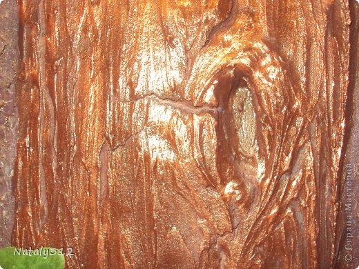 Панно делалось по заказу одной замечательной женщины. Размер 110 Х 75 см. Фанера, раскладка (рама), шпатлевка и искусственные дубовые листья. фото 7