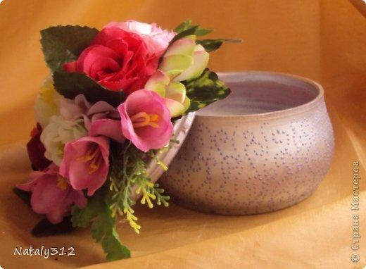 Липовые заготовки, искусственные цветы, краски (где акриловые, где аэрозольные), контуры или поталь (крошка). Вот и получились шкатулки для украшений - подарки на 8 Марта. фото 9