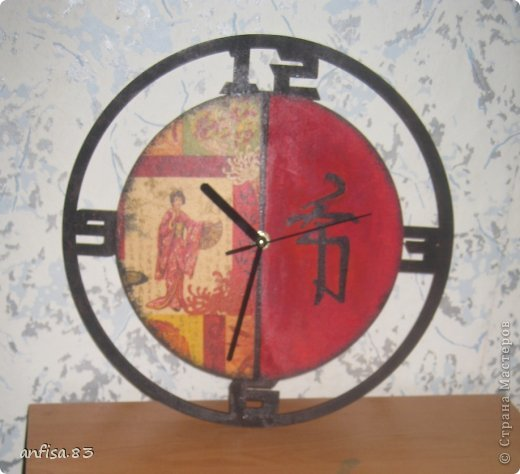 Часы настенные фото 17