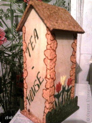 Очень понравились чайные домики мастериц, вот и я решила попробывать себя в этом творчестве. (огромное спасибо всем за вдохновение) Тем более скоро 8марта. Вот и первый подарок подружкам. фото 2