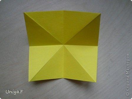 Привет друзьям!  Кусудама, про которую я решилась вам напомнить, была придумана год назад. И в силу определенных обстоятельств туториал на нее был размещен в All-origami. И, к большому сожалению, про кусудаму забыли. А она, честное слово, очень красивая. Ее можно сравнить с Монблосс и Азалией Татьяны Высочиной. Такая же цветочная и воздушная.  Поэтому, зная, что вы сейчас готовите весенние подарки, я решила выложить в СМ повторный МК. Буду рада, если он вам пригодится.  Name: Wild Rose Designer: Uniya Filonova Parts: 30 + 60 Paper: 6,5*6,5 + 8,5*8,5 Final height: 12 сm Assembled without glue.  модель принимала участие во флешмобе http://stranamasterov.ru/node/547199?tid=2168%2C850 фото 4