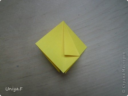 Привет друзьям!  Кусудама, про которую я решилась вам напомнить, была придумана год назад. И в силу определенных обстоятельств туториал на нее был размещен в All-origami. И, к большому сожалению, про кусудаму забыли. А она, честное слово, очень красивая. Ее можно сравнить с Монблосс и Азалией Татьяны Высочиной. Такая же цветочная и воздушная.  Поэтому, зная, что вы сейчас готовите весенние подарки, я решила выложить в СМ повторный МК. Буду рада, если он вам пригодится.  Name: Wild Rose Designer: Uniya Filonova Parts: 30 + 60 Paper: 6,5*6,5 + 8,5*8,5 Final height: 12 сm Assembled without glue.  модель принимала участие во флешмобе http://stranamasterov.ru/node/547199?tid=2168%2C850 фото 6