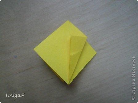Привет друзьям!  Кусудама, про которую я решилась вам напомнить, была придумана год назад. И в силу определенных обстоятельств туториал на нее был размещен в All-origami. И, к большому сожалению, про кусудаму забыли. А она, честное слово, очень красивая. Ее можно сравнить с Монблосс и Азалией Татьяны Высочиной. Такая же цветочная и воздушная.  Поэтому, зная, что вы сейчас готовите весенние подарки, я решила выложить в СМ повторный МК. Буду рада, если он вам пригодится.  Name: Wild Rose Designer: Uniya Filonova Parts: 30 + 60 Paper: 6,5*6,5 + 8,5*8,5 Final height: 12 сm Assembled without glue.  модель принимала участие во флешмобе http://stranamasterov.ru/node/547199?tid=2168%2C850 фото 7