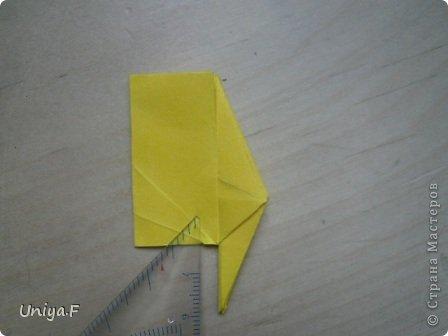 Привет друзьям!  Кусудама, про которую я решилась вам напомнить, была придумана год назад. И в силу определенных обстоятельств туториал на нее был размещен в All-origami. И, к большому сожалению, про кусудаму забыли. А она, честное слово, очень красивая. Ее можно сравнить с Монблосс и Азалией Татьяны Высочиной. Такая же цветочная и воздушная.  Поэтому, зная, что вы сейчас готовите весенние подарки, я решила выложить в СМ повторный МК. Буду рада, если он вам пригодится.  Name: Wild Rose Designer: Uniya Filonova Parts: 30 + 60 Paper: 6,5*6,5 + 8,5*8,5 Final height: 12 сm Assembled without glue.  модель принимала участие во флешмобе http://stranamasterov.ru/node/547199?tid=2168%2C850 фото 14