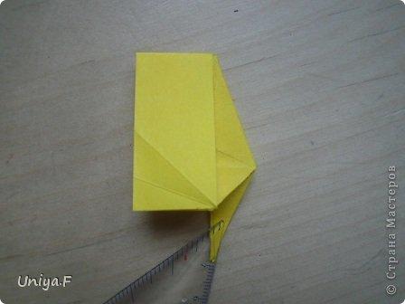 Привет друзьям!  Кусудама, про которую я решилась вам напомнить, была придумана год назад. И в силу определенных обстоятельств туториал на нее был размещен в All-origami. И, к большому сожалению, про кусудаму забыли. А она, честное слово, очень красивая. Ее можно сравнить с Монблосс и Азалией Татьяны Высочиной. Такая же цветочная и воздушная.  Поэтому, зная, что вы сейчас готовите весенние подарки, я решила выложить в СМ повторный МК. Буду рада, если он вам пригодится.  Name: Wild Rose Designer: Uniya Filonova Parts: 30 + 60 Paper: 6,5*6,5 + 8,5*8,5 Final height: 12 сm Assembled without glue.  модель принимала участие во флешмобе http://stranamasterov.ru/node/547199?tid=2168%2C850 фото 18