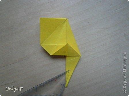 Привет друзьям!  Кусудама, про которую я решилась вам напомнить, была придумана год назад. И в силу определенных обстоятельств туториал на нее был размещен в All-origami. И, к большому сожалению, про кусудаму забыли. А она, честное слово, очень красивая. Ее можно сравнить с Монблосс и Азалией Татьяны Высочиной. Такая же цветочная и воздушная.  Поэтому, зная, что вы сейчас готовите весенние подарки, я решила выложить в СМ повторный МК. Буду рада, если он вам пригодится.  Name: Wild Rose Designer: Uniya Filonova Parts: 30 + 60 Paper: 6,5*6,5 + 8,5*8,5 Final height: 12 сm Assembled without glue.  модель принимала участие во флешмобе http://stranamasterov.ru/node/547199?tid=2168%2C850 фото 23