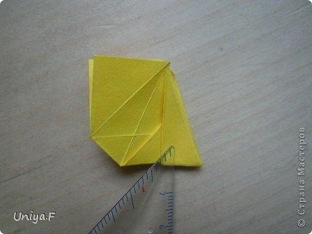 Привет друзьям!  Кусудама, про которую я решилась вам напомнить, была придумана год назад. И в силу определенных обстоятельств туториал на нее был размещен в All-origami. И, к большому сожалению, про кусудаму забыли. А она, честное слово, очень красивая. Ее можно сравнить с Монблосс и Азалией Татьяны Высочиной. Такая же цветочная и воздушная.  Поэтому, зная, что вы сейчас готовите весенние подарки, я решила выложить в СМ повторный МК. Буду рада, если он вам пригодится.  Name: Wild Rose Designer: Uniya Filonova Parts: 30 + 60 Paper: 6,5*6,5 + 8,5*8,5 Final height: 12 сm Assembled without glue.  модель принимала участие во флешмобе http://stranamasterov.ru/node/547199?tid=2168%2C850 фото 24