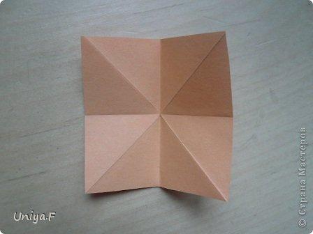 Привет друзьям!  Кусудама, про которую я решилась вам напомнить, была придумана год назад. И в силу определенных обстоятельств туториал на нее был размещен в All-origami. И, к большому сожалению, про кусудаму забыли. А она, честное слово, очень красивая. Ее можно сравнить с Монблосс и Азалией Татьяны Высочиной. Такая же цветочная и воздушная.  Поэтому, зная, что вы сейчас готовите весенние подарки, я решила выложить в СМ повторный МК. Буду рада, если он вам пригодится.  Name: Wild Rose Designer: Uniya Filonova Parts: 30 + 60 Paper: 6,5*6,5 + 8,5*8,5 Final height: 12 сm Assembled without glue.  модель принимала участие во флешмобе http://stranamasterov.ru/node/547199?tid=2168%2C850 фото 28