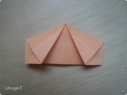 Привет друзьям!  Кусудама, про которую я решилась вам напомнить, была придумана год назад. И в силу определенных обстоятельств туториал на нее был размещен в All-origami. И, к большому сожалению, про кусудаму забыли. А она, честное слово, очень красивая. Ее можно сравнить с Монблосс и Азалией Татьяны Высочиной. Такая же цветочная и воздушная.  Поэтому, зная, что вы сейчас готовите весенние подарки, я решила выложить в СМ повторный МК. Буду рада, если он вам пригодится.  Name: Wild Rose Designer: Uniya Filonova Parts: 30 + 60 Paper: 6,5*6,5 + 8,5*8,5 Final height: 12 сm Assembled without glue.  модель принимала участие во флешмобе http://stranamasterov.ru/node/547199?tid=2168%2C850 фото 31