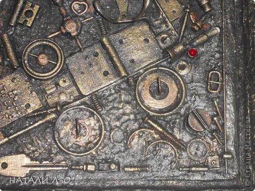Поделка изделие 23 февраля Ассамбляж Стимпанк- ключница Материал бросовый фото 4