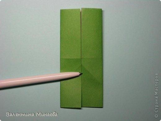 Кусудама Shalimar автор - Валентина Минаева (Valentina Minayeva) модули асимметричные, 60 штук соотношение 3,5 : 4 размер бумаги 5,0 х 6,0 см, итог - 10 см сборка с клеем (в пятерках модулей)  Инна, спасибо за название!  Вот здесь уже есть видео: http://www.youtube.com/watch?v=XCYXM-NuSUU&feature=youtu.be  фото 10