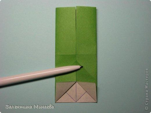 Кусудама Shalimar автор - Валентина Минаева (Valentina Minayeva) модули асимметричные, 60 штук соотношение 3,5 : 4 размер бумаги 5,0 х 6,0 см, итог - 10 см сборка с клеем (в пятерках модулей)  Инна, спасибо за название!  Вот здесь уже есть видео: http://www.youtube.com/watch?v=XCYXM-NuSUU&feature=youtu.be  фото 11
