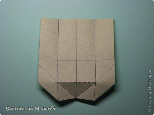 Кусудама Shalimar автор - Валентина Минаева (Valentina Minayeva) модули асимметричные, 60 штук соотношение 3,5 : 4 размер бумаги 5,0 х 6,0 см, итог - 10 см сборка с клеем (в пятерках модулей)  Инна, спасибо за название!  Вот здесь уже есть видео: http://www.youtube.com/watch?v=XCYXM-NuSUU&feature=youtu.be  фото 14