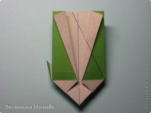 Кусудама Shalimar автор - Валентина Минаева (Valentina Minayeva) модули асимметричные, 60 штук соотношение 3,5 : 4 размер бумаги 5,0 х 6,0 см, итог - 10 см сборка с клеем (в пятерках модулей)  Инна, спасибо за название!  Вот здесь уже есть видео: http://www.youtube.com/watch?v=XCYXM-NuSUU&feature=youtu.be  фото 26