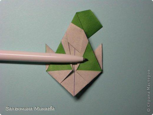 Кусудама Shalimar автор - Валентина Минаева (Valentina Minayeva) модули асимметричные, 60 штук соотношение 3,5 : 4 размер бумаги 5,0 х 6,0 см, итог - 10 см сборка с клеем (в пятерках модулей)  Инна, спасибо за название!  Вот здесь уже есть видео: http://www.youtube.com/watch?v=XCYXM-NuSUU&feature=youtu.be  фото 32