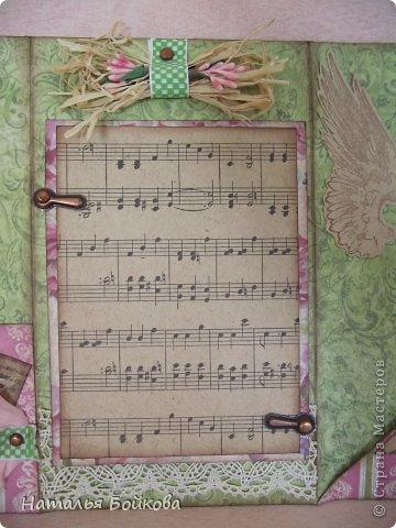 Здравствуйте, девочки! Такую открытку-миник решили мы сделать бабушке на 8 марта. МК по форме здесь http://stampomania-challenge.blogspot.ru/2011/10/lilavadi.html фото 3