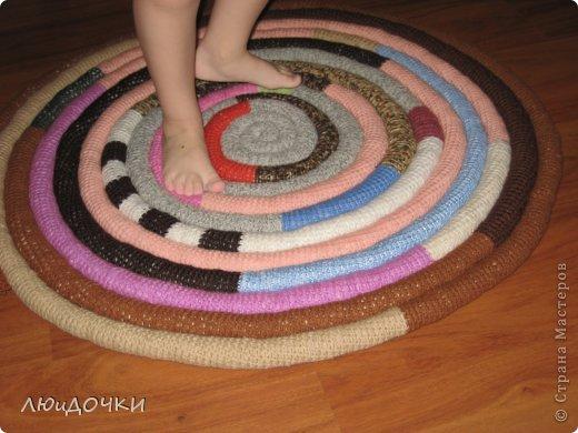 Вязание крючком ковриков на пол из колготок