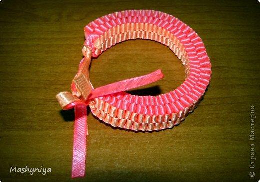 Плетение круглой фенечки как