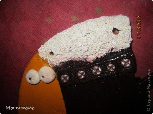 Ола-ла! ))))) Всем здрасти! ))))))) Вот и у меня теперь есть рыба - кружка, я ее сделала в подарок хорошему человеку, у которого живет мой скотч-терьер, он же чесночная собака ))))))))) http://stranamasterov.ru/node/375722 он вот тут, если интересно (скотч-терьер тут, а не друг))))))) Вот такая изумительная (сама скромность, я знаю) рыба у меня получилась! )))))) Меня прямо прет от нее, чессслово ))))))))) Понятное дело, что сама бы я до такой красотищщщи не додумалась бы!!! Сделала я рыбу как и половина жителей нашей Страны - по фотке Виши http://stranamasterov.ru/node/102722 вот в этом ее посте (там ее рыбка скромняшечка притаилась среди обалденских котов, но мы ее все равно там увидели)))))))))) Сразу скажу пока помню - мне больше, намного больше - нравится как рыбу раскрасила Виша, но я так не умею, да и компа с инетом под рукой не было, красила по памяти примерно как-то так.... А теперь та-дам! Опять много-много фоток... Я не только графоман, я фотоман )))))))))) фото 18
