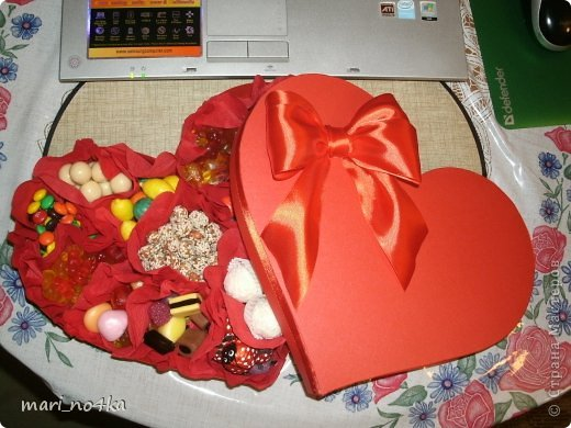 Коробка-сердце со сладостями для любимого)) | Страна Мастеров