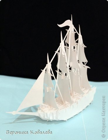 """Наконец-то у меня """"дошли руки"""" вырезать эту схему=))) Собрались я с терпением (да, да, без него никак не собрать эту схемку) и сделали мы вот такую замечательную открытку - кораблик!   Поплывет мой корабль в Финляндию в подарок коллеге по работе!!! =))) Автор схемки - Tien Phuong (Vietnam) фото 1"""