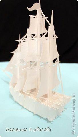 """Наконец-то у меня """"дошли руки"""" вырезать эту схему=))) Собрались я с терпением (да, да, без него никак не собрать эту схемку) и сделали мы вот такую замечательную открытку - кораблик!   Поплывет мой корабль в Финляндию в подарок коллеге по работе!!! =))) Автор схемки - Tien Phuong (Vietnam) фото 4"""