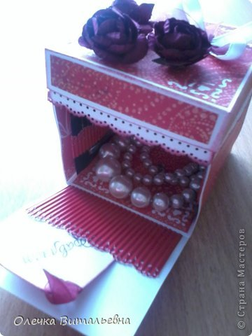 Милые Мастерицы! Представляю вашему вниманию еще одну подарочную коробочку. Жду ваших комментариев!  фото 3