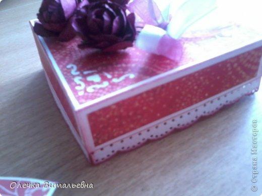 Милые Мастерицы! Представляю вашему вниманию еще одну подарочную коробочку. Жду ваших комментариев!  фото 7