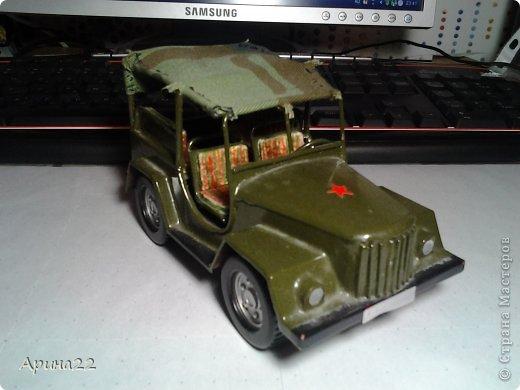 Эту машинку сделал мой папа с младшим братом. фото 2
