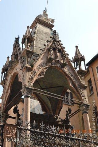 11 марта день Ромео и Джульетты. Согласно Шекспиру в этот день в 1302 году были обручены Ромео и Джульетта. Самое время увидеть где они жили, и когда еще как не сегодня совершить путешествие в Верону. фото 23