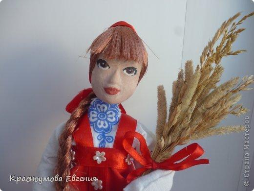 Моя первая кукла из папье маше фото 5