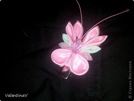 Доброго времени суток! Заказик заколочек бело-розовых) 4 цветочка и 4 бабочки.  Цветочки 3,5 см, бабочки 3см). Всем приятного просмотра! фото 5