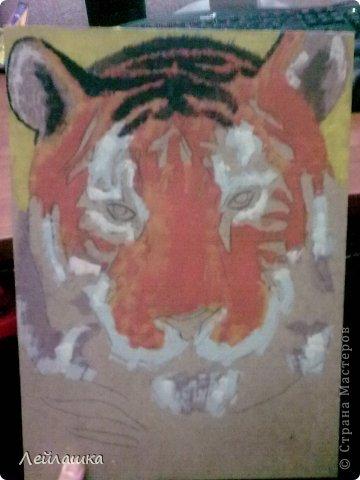 Мой черно-белый тигр не давал покоя моей хорошей знакомой - пришлось выполнить ее просьбу и слепить еще одного тигра))) Для разнообразия сделала цветного... фото 3