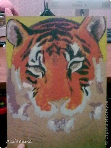 Мой черно-белый тигр не давал покоя моей хорошей знакомой - пришлось выполнить ее просьбу и слепить еще одного тигра))) Для разнообразия сделала цветного... фото 4