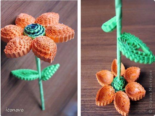 Цветы из гофрокартона делали в подарок мамам на 8марта. фото 5