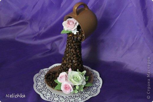 Кофейная чашка с розами из Деко. фото 1