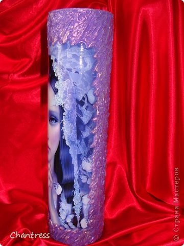 Заказали мне вазу для девушки,только девушка не любит красный цвет.......И вот,что у меня получилось...... Использовала распечатку на фотобумаге.......Картинка самой понравилась,если заказчице не понравится ваза-оставлю себе))) фото 2