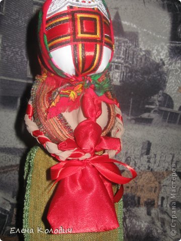 Встретить  праздник Пасхи, проявить интерес у детей к народным традициям помогут куклы.Зайчик с кармашком - секретом, в котором спрятано яичко помогут запомнить момент семейного праздника. Вырастит ребёнок и так же своим деткам передаст всю смысловую нагрузку кукол. фото 1