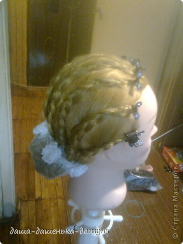 Праздничные причёски: Вид сзади. фото 8