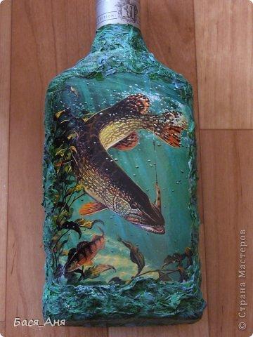 """Здравствуйте, девочки!  Сделалась у меня вот такая бутылочка, для рыбака. Бутылочка полная"""" воды"""" .  Использовала фото, из инета. фото 2"""