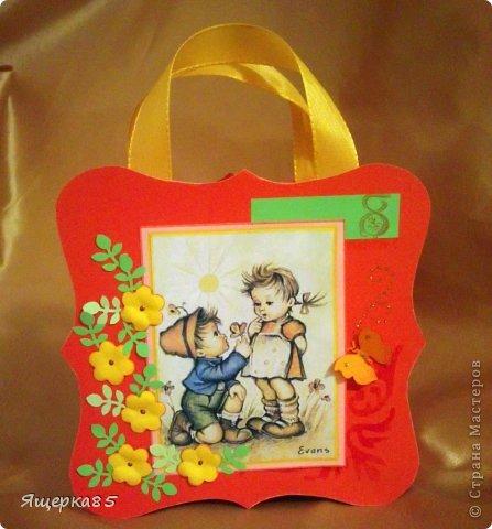 """В этом году """"родились"""" вот такие небольшие (12 см) подарочные сумочки.  Не то, чтоб шоколадницы, но что-то типа :) фото 6"""