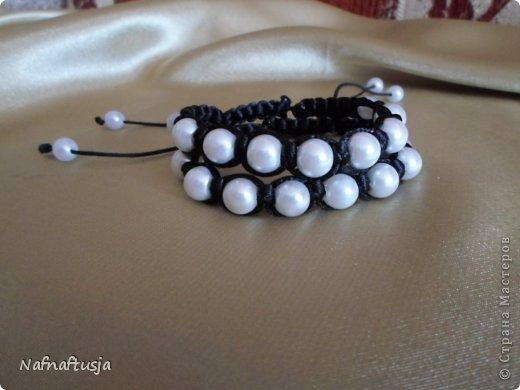Добрый вечер рукодельницы! Представляю вашему вниманию работы моей мамы, браслеты Шамбала!!! Вот такую красоту она плетет!!! фото 7